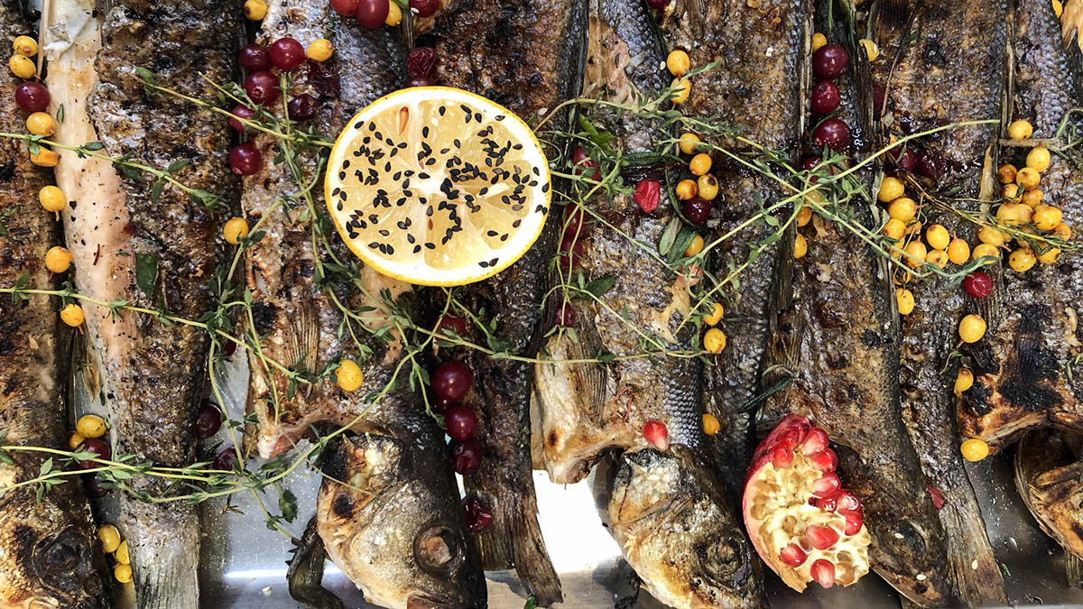Cooked Whole Fish with Lemon